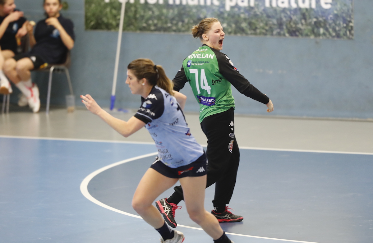 Andrea Novellan (Chambray Touraine Handball)