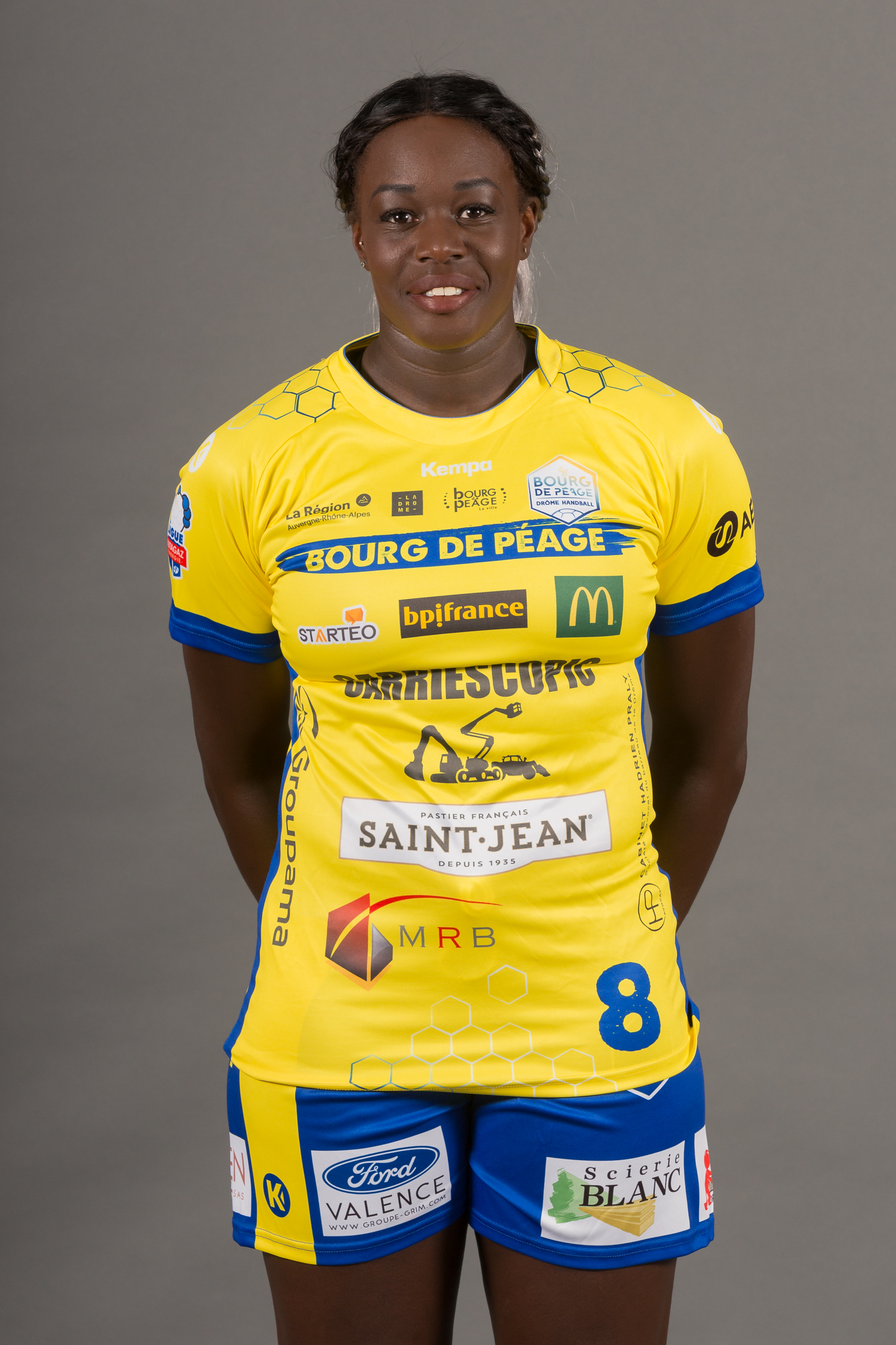 8 - Claudine Mendy