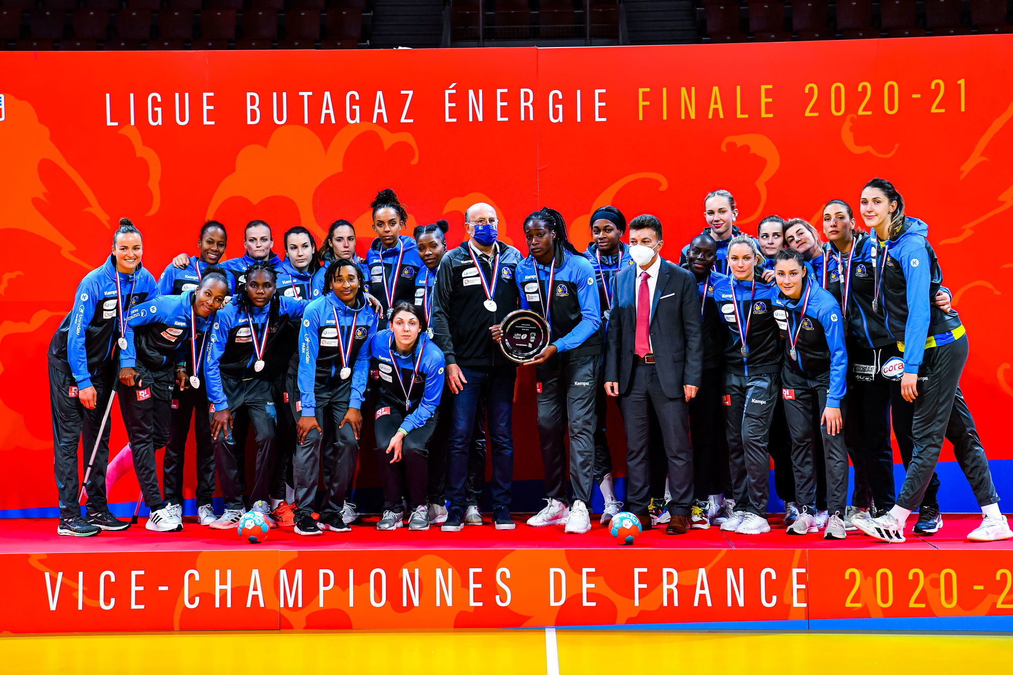 Team of Metz dejected on the podium after the women's Ligue Butagaz Energie final match between Brest and Metz at Brest Arena on May 23, 2021 in Brest, France. (Photo by Baptiste Fernandez/Icon Sport) - Brest (France)