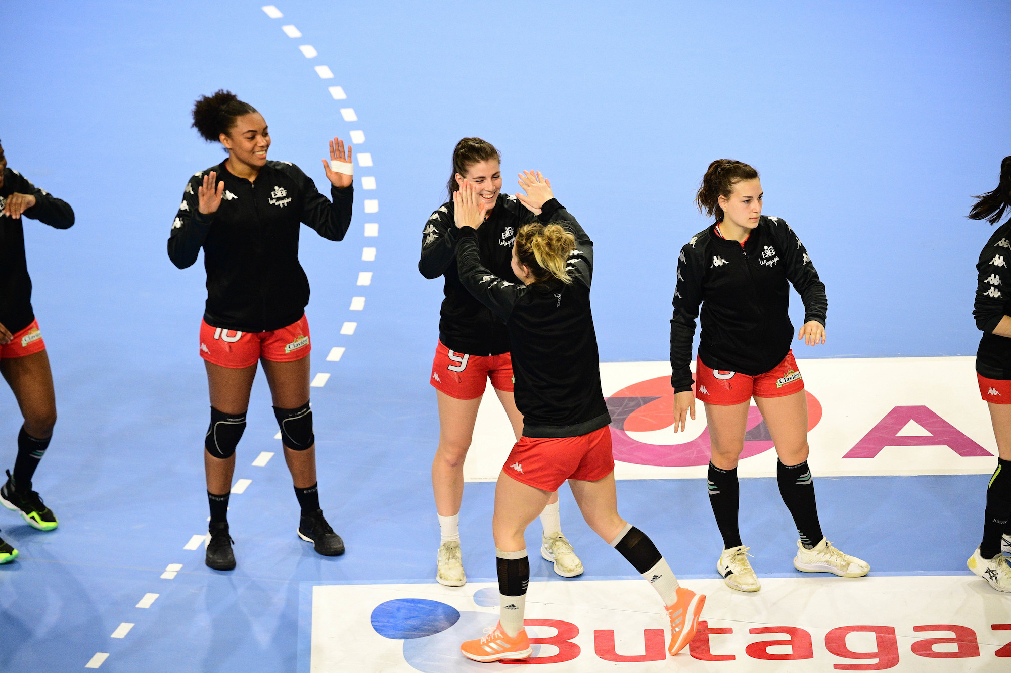 Louise CUSSET of Besancon, Lea CUENOT of Besancon and Clarisse MAIROT of Besancon during the Women's Division 1 match between Besancon and Nantes on 27January, 2021 in Fleury-les-Aubrais, France. (Photo by Sebastien Bozon/Icon Sport)